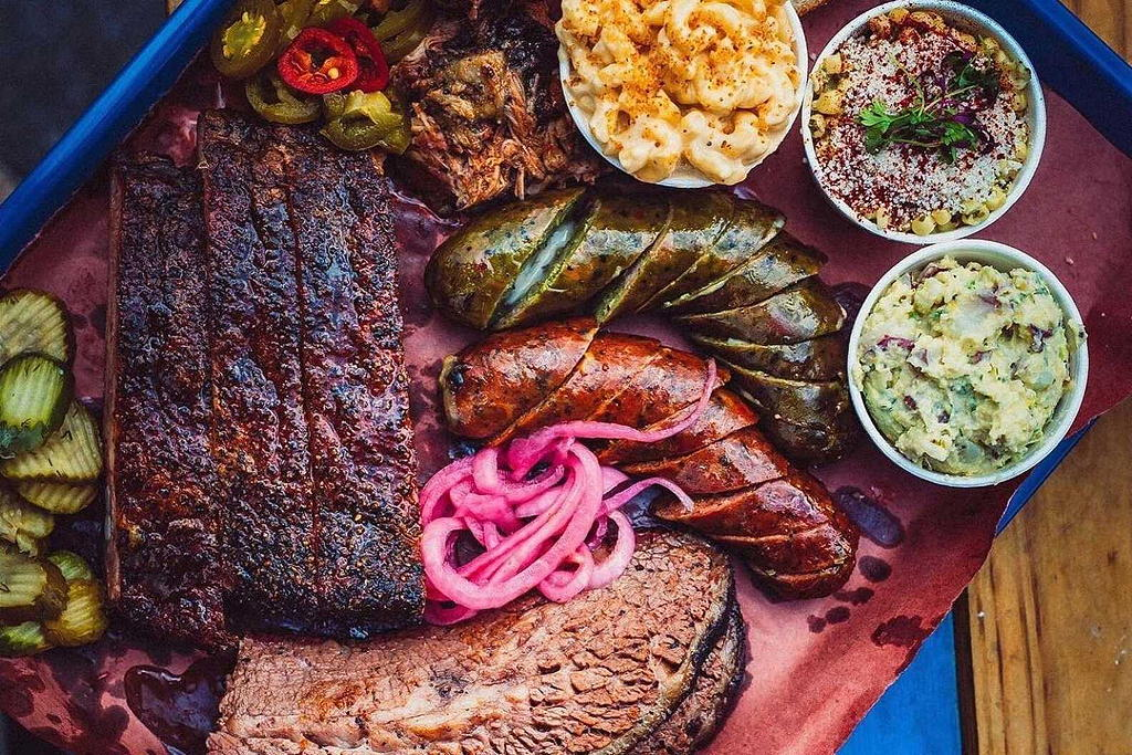 Moos Craft Barbecue near THEA residences in Downtown Los Angeles